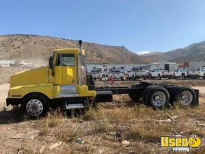 Solid 1992 Kenworth T600 Day Cab Semi Truck Cat 13-Speed for Sale in Colorado!