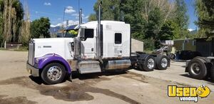 2006 Kenworth W900L Sleeper Cab / Dual Exhaust Semi Truck with CAT Motor for Sale in Colorado!