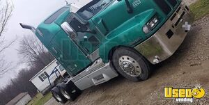 2004 Kenworth T600 Used Sleeper Cab Semi Truck in Good Shape for Sale in Ohio!!