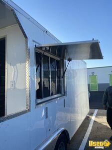 2019 - 8.5' x 22' Kitchen Food Trailer w/ Pro Fire and Porch for Sale in Texas- Permitted!!!