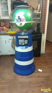 Giant 6 Ft Spiral Gumball Vending Machine for Sale in Texas!!!
