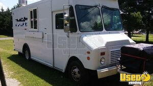 Chevy P-30 Diesel Food Truck with 2013 Kitchen for Sale in Tennessee!!!