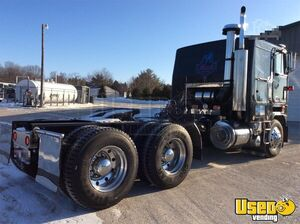 1983 Mack Cruiseliner Day Cab Semi Truck with Lots of New Parts for Sale in Washington!!