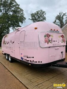 Very Clean and Roomy Airstream Mobile Boutique Trailer/Used Pop-Up Boutique for Sale in Mississippi!