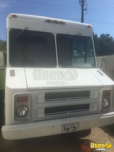 1982 Chevrolet Step Van Mobile Boutique Fashion Truck in Great Condition for Sale in Virginia!