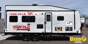 2019 22' Dynamite Firestorm CBB Dune Sport Mobile Barbershop for Sale in Nevada!