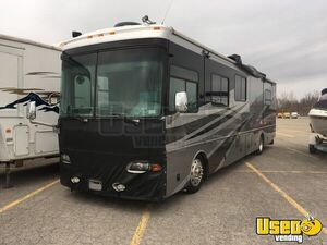 2006 Diesel Fleetwood Providence 39S Mobile Hair Salon and Spa with Restroom for Sale in New York!