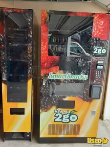 2015 Seaga Naturals 2 Go N2G 4000 /  900 Healthy Combo Vending Machines For Sale in Idaho!