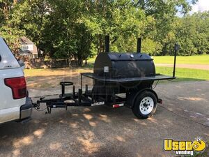 2014 Towable Rotisserie Charcoal/Wood Smoker Trailer for Sale in Mississippi!