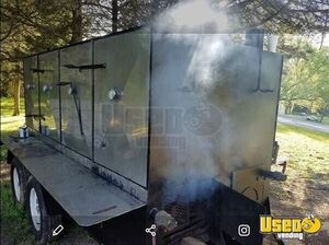 Big Reverse Flow Open Barbeque Smoker on a Trailer / BBQ Tailgating Trailer for Sale in Tennessee!