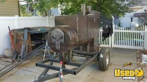 Heavy-Duty Reverse Flow Open BBQ Pit Smoker Trailer/Mobile BBQ Unit for Sale in Utah!