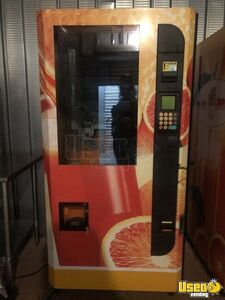 Or100 Other Healthy Vending Machine 7 California for Sale