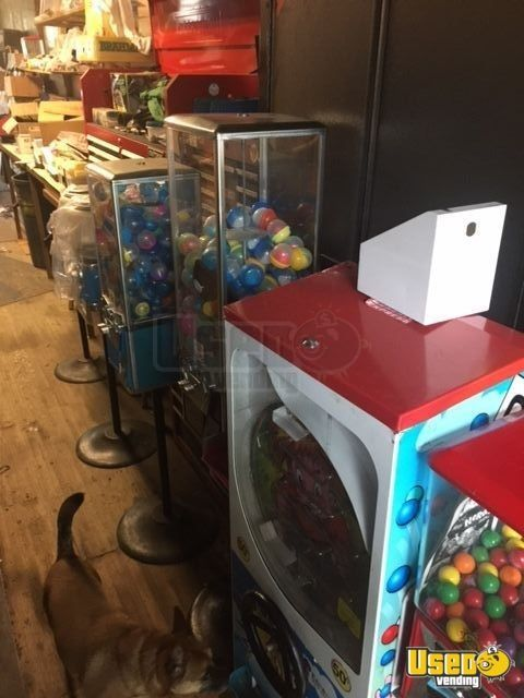 Lot of Beaver & Northwestern Bulk Candy Vending Machines for Sale in Georgia!