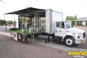 2000 - 26' Freightliner FL60 Fully Equipped Gym Truck / Mobile Gym for Sale in Arizona!
