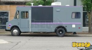 Used Chevrolet P30 Step Van Camp / Mobile Business Unit that Runs Like a Dream for Sale in Michigan!