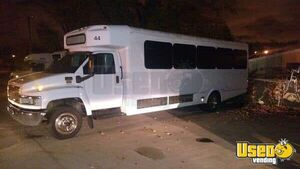 2009 Chevrolet C5500 Mobile Party Bus / Used Recreational Bus for Sale in Michigan!