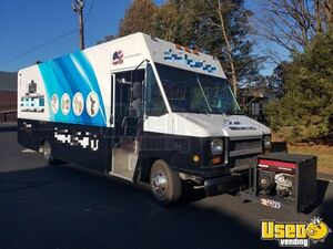 2004 GMC Utilimaster 26' Stepvan Gift Shop Truck/Mobile Gift Shop for Sale in New Jersey!