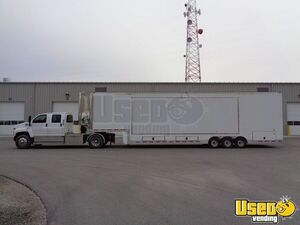 2010 Featherlite Mobile Office Trailer with 2006 Chevrolet C6500 Chassis for Sale in Ohio!