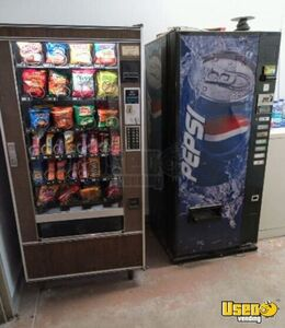 9 Name Brand Electrical Used Full Line Snack & Soda Vending Machines for Sale in Kansas!!!