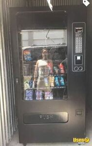 Electronic Glassfront Live Display Snack Vending Machine for Sale in Michigan!