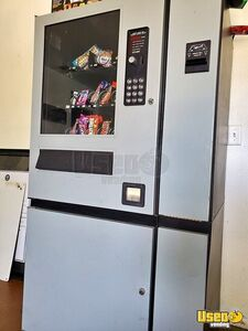 Compact Snack & Soda Used Vending Machines for Sale in Nevada!