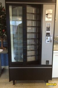 Refrigerated Carousel Cold Food Vending Machine for Sale in New York!!!