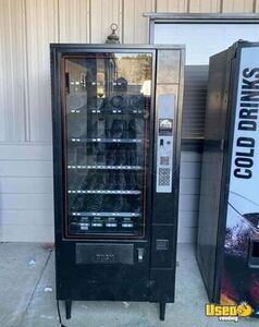 (3) Full Size Glassfront Snack & Generic Front Soda Vending Machines for Sale in Alabama!