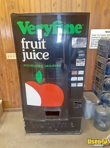 6- Selection Electrical Pop Can Soda Drink Vending Machine For Sale in Illinois!