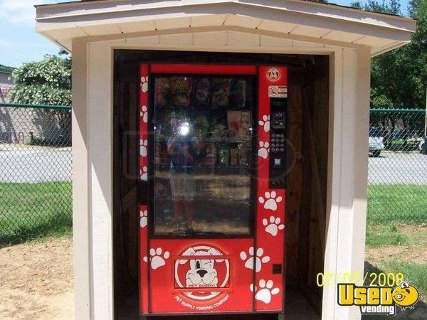 Electronic Pet Supply Used Vending Machine for Sale in Florida!!!