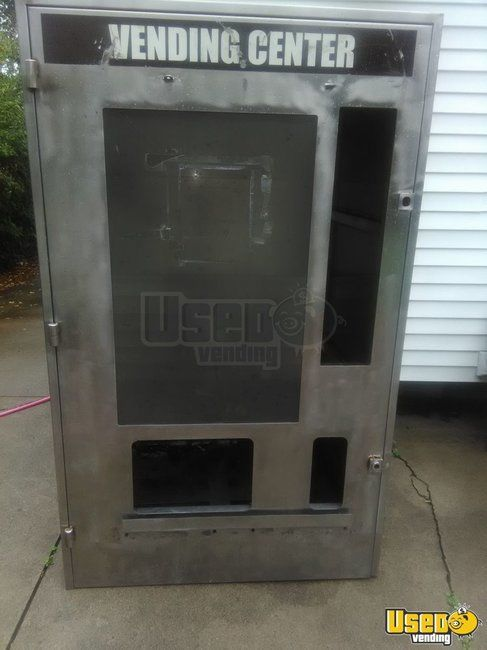 Mega Vendor Rain Tunnel Stainless Vending Machine Cage / Shell for Sale in Ohio!