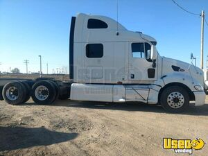 Great Running 2006 Peterbilt Sleeper Cab Semi Truck with Caterpillar Motor for Sale in Idaho!
