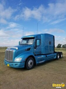 Ready to Haul 2015 Peterbilt 579 Hi-Rise Sleeper Cab MT/Used Semi Truck for Sale in New Mexico!