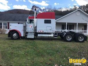LIKE NEW 2003 Peterbilt 379 Sleeper Cab with Dual Exhaust Used Semi Truck for Sale in West Virginia!