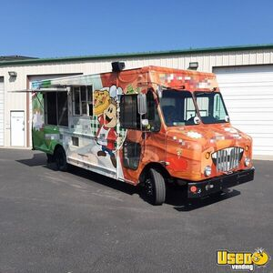 2009 - 34' Workhorse Diesel Brick-Oven Pizza Truck / Mobile Pizzeria for Sale in Colorado!