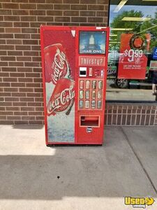 Royal Vendors Electrical Soda Vending Machine for Sale in Colorado!