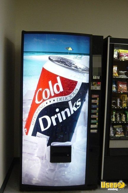 Royal 552-8 Soda Vending Machine for Sale in Massachusetts!