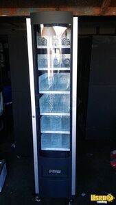 Rs 800/850 And Entree Vending Machines Vending Combo 2 California for Sale