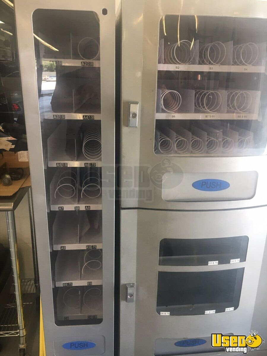 Seaga Vc 830 Electrical Snack/soda 4 Florida for Sale - 4