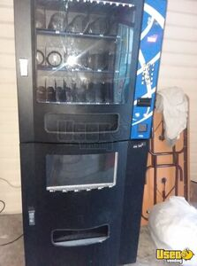 Seaga SM23B Electrical Snack & Soda Vending Machine for Sale Arkansas!