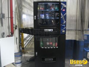 Seaga Vista VC630 Electrical Snack & Soda Combo Vending Machines for Sale in Illinois!