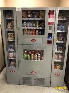 Seaga Express Marketplace Combo Vending Machines for Sale in Nevada!