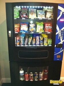 Seaga VC630 Combo Snack Soda Vending Machines for Sale in Quebec!!!