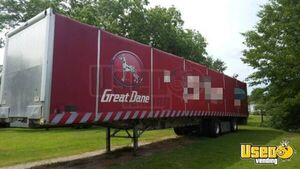All-Aluminum 2017 Great Dane Freedom XP Curtainside Show Semi Trailer for Sale in Arkansas!