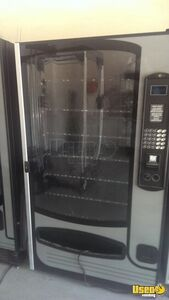 Sm - 5700 And Ff-2000 Other Snack Vending Machine 6 Georgia for Sale