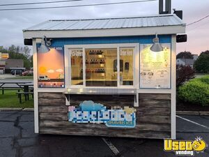 2012 - 8' x 10' Eye-Catching Shaved Ice Snowball Concession Stand for Sale in Wisconsin!