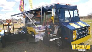 20' Chevrolet P30 Step Van Shaved Ice Truck / Mobile Snowball Business for Sale in Arizona!