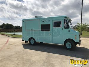 Turnkey Used Ford E350 Shaved Ice Truck / Snow Cone for Sale in Texas!