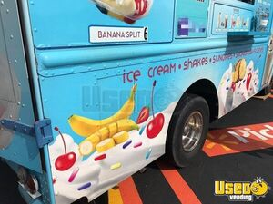 Step Van Ice Cream Truck Ice Cream Truck Diamond Plated Aluminum Flooring Missouri Gas Engine for Sale