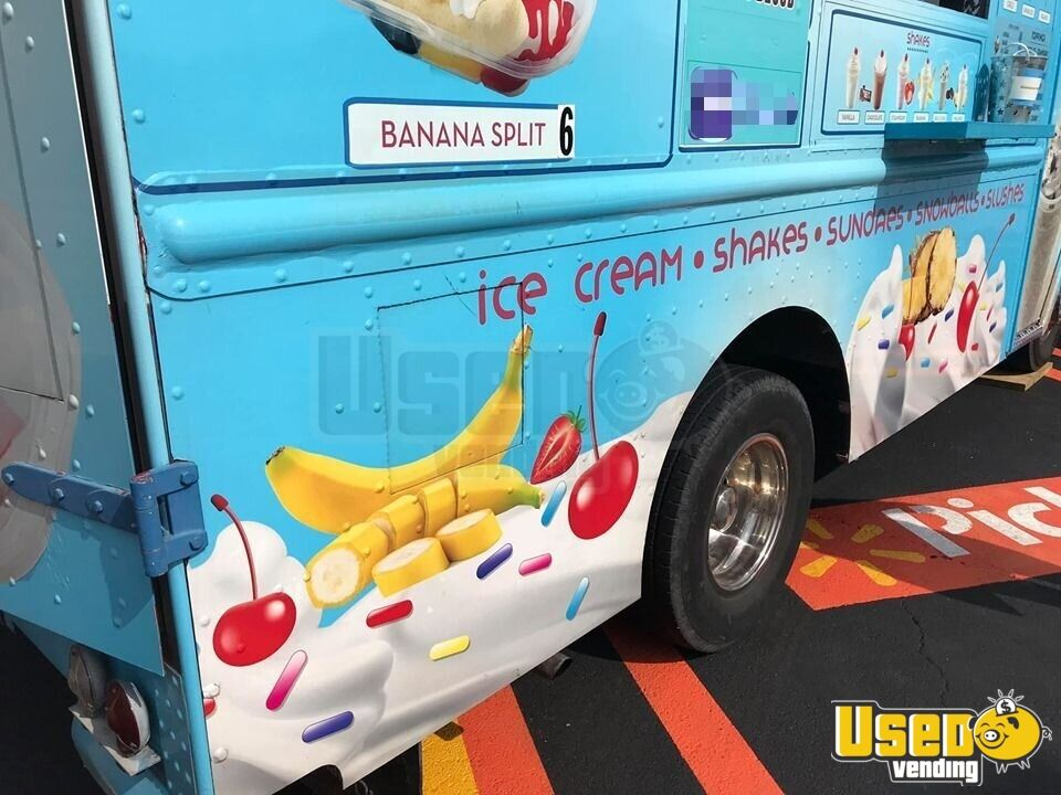 Step Van Ice Cream Truck Ice Cream Truck Diamond Plated Aluminum Flooring Missouri Gas Engine for Sale - 4