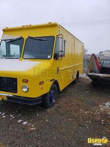 1999 Freightliner DIESEL Step Van for Conversion for Sale in Alaska!